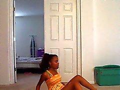 Ebony el baile de PYT