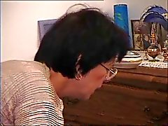 Franse Old Mom - Cum on Glasses