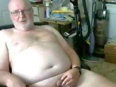 Spectacle de grand-père sur webcam