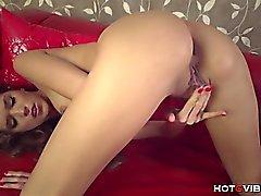 Skinny Model Has Serene Squirting Orgasm