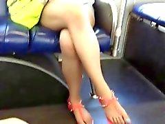 Des pieds l'Asie impartiales et Legs à le bus