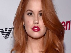 Debby Ryan jerk off sfida