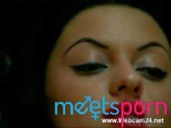 Arab Girl Fingering her Pussy on Webcam - meetsporn