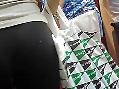 Perfect teen ass butt in subway candid voyuer