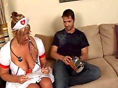 Enfermera del tratamiento útiles