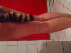 Cosplay girl with tail plugged Schwanz Plug im Arsch