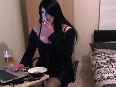 Kirsty Smoke And Alcohol And Online