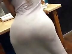 Bubble Booty in Dress moving