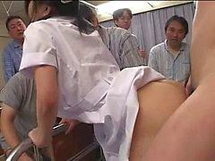 Japanska sjuksköterska blir knullad och creampied flera gånger