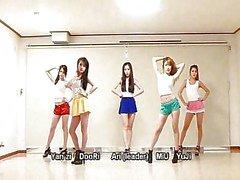 Waveya koreansk dans laget