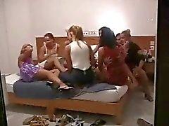 Cam Oculto - - Aficionados Lesbianas Orgía Part 2