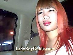 Обильный Золотая азиат Транссексуалы Pickup