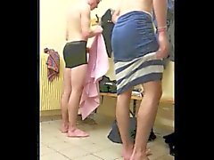 niños capturadas desnuda en el vestuario