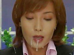 Aziatische nieuwslezer bukkake 2