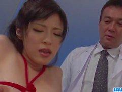 Sara Yurikawa angeregt in versauten Fesselspiele porn anzeigen