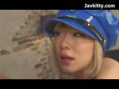 Japanska blond Police Girl Cosplay