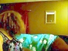 Belle beurette en webbikamera