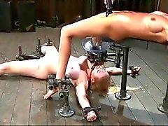 BDSM ruiskuttaminen ja juominen - by neurosiss