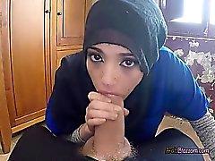 Pretty Arap Penelope Cum Büyük Cock Üfleme Enjoys