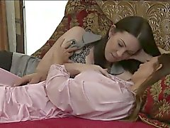RayVeness and Mindi Mink pussy munching on the bed