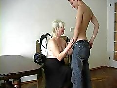 grand-mère sexy de Lena Ivan