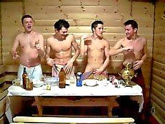 Jungs in der Sauna 2. - Saunat pojille kaksi
