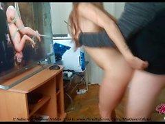 Innocente Teen Watching Porn mentre è fottutamente hardcore !!