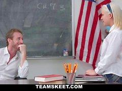 Devenir l'Assistant des Enseignants