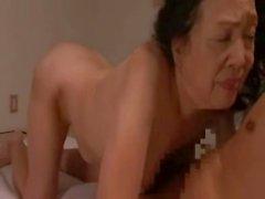 Der japanischen Granny Reiko Kurosaki 70