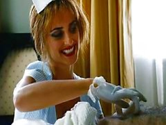 Penelope Cruz - Striptease de Chromophobia