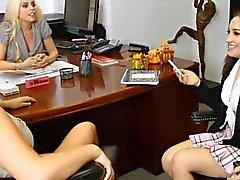 Hot dell'Ufficio lesbico Sessi