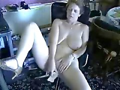 Cute nude granny masturbating for internet viewers ! Amateur