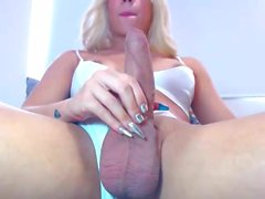 Sexy Big Cock Shemales