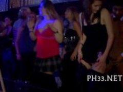 Wilde Teufel allover Nachtclub