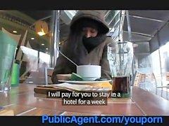 Indian beggar bad om hjälp
