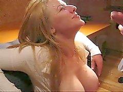 Ryska prostituerade älskar cum mycket nuch