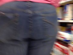 Thick pawg in jeans
