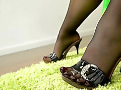 del pantyhose sega con i piedi