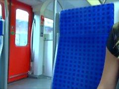 Lena-Loch - Fahrgast spritzt 2x hintereinander mitten in der S-Bahn 29.06.