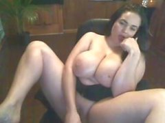 Mommy with huge tits masturbating