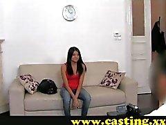 Casting - Latina teini onluonnollinen