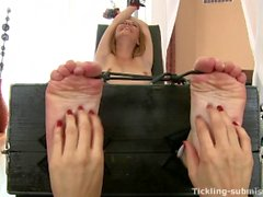Tickling-Submission - Extra ticklish feet by Alexis.mp4