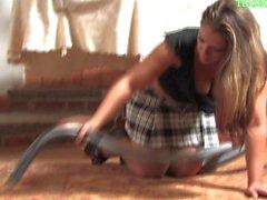 Oda temizlik kız öğrenci girl