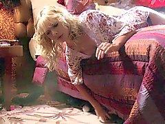 Jaime Pressly - Venus & Las Vegas
