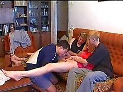 Russische jongens en oma