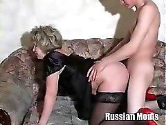Rusya Annem Valia