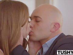 TUSHY Riley Reid e Adriana Chechik si aprono