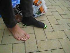 Tatlı evlat Henry II - ayaklarına gösteriliyor