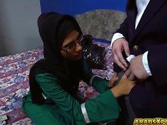 gözlük Arap hatun büyük sabit horoz berbat
