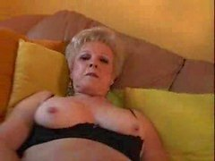 büyük klitoris ile anneanne